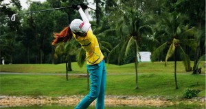 women viet nam golf