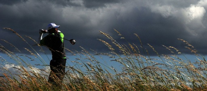 How To Play Golf In The Wind